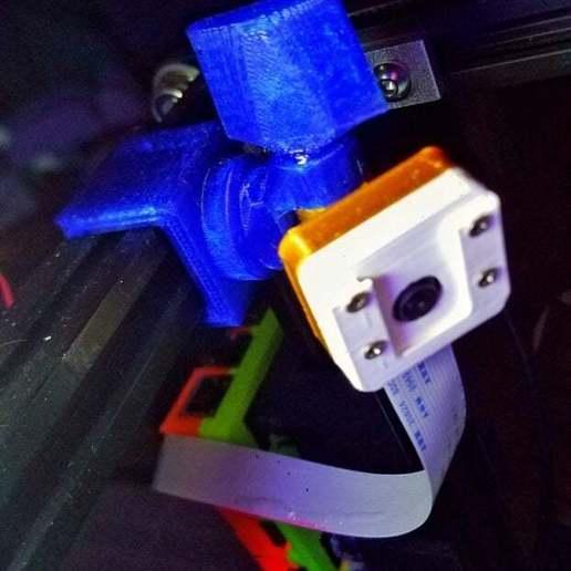 20200927_105339-01.jpeg Télécharger fichier STL gratuit Monture Raspicam avec fente de filtrage pour Ender 5 • Plan à imprimer en 3D, lysithea81