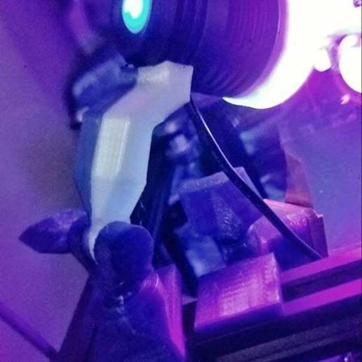 20200927_104019-01.jpeg Télécharger fichier STL gratuit Support de lampe UV pour le rail 2020 • Modèle à imprimer en 3D, lysithea81
