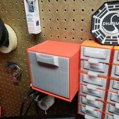 20190216_214231.jpg Télécharger fichier STL gratuit La grande poubelle en carton • Modèle pour impression 3D, nerdalert3d