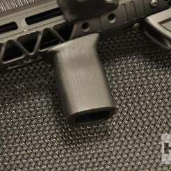 _имени-1.jpg Download free STL file Front hand grip M-lock • Design to 3D print, foxstrat