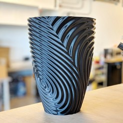 Download free STL files gMax Twisted Ripple Vase Bin, gCreate