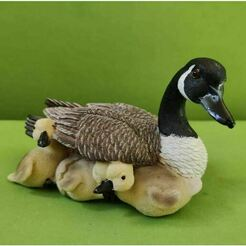 0.JPG Download STL file Mamapato and his ducklings • 3D printing design, Turbo3D
