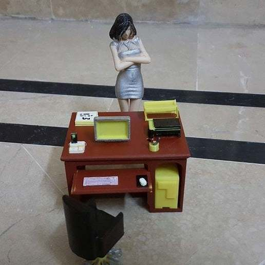 CALlie_wanna_complain_2.jpg Download free STL file Office Desk and Chair • Design to 3D print, okMOK