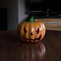 cadb5063-62e2-412f-93b8-7c4b35b98a36.JPEG Télécharger fichier STL Spooky Pumpkin • Plan pour imprimante 3D, Mr_Dfz