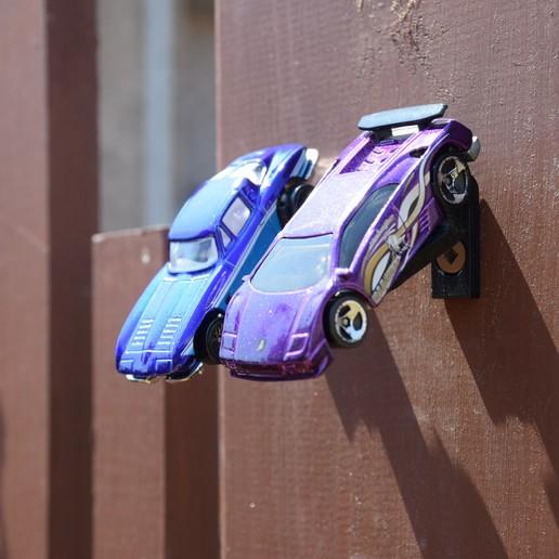 DSC_0519.JPG Download STL file Hotwheels & Diecast Car Display Mount • 3D printer model, mistry3design