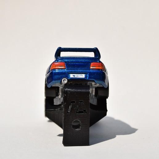 DSC_0466.JPG Download STL file Hotwheels & Diecast Car Display Mount • 3D printer model, mistry3design