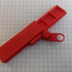 IMG_20200113_151148.jpg Download free STL file Pill Dispenser (Rack and Pinion) • Model to 3D print, mistry3design
