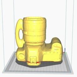 MAteCAmaraAntiguaconManija1.jpg Download STL file ANTIQUE CAMERA with Grip Handle or Pot or Pen • 3D printable object, maxielenviado