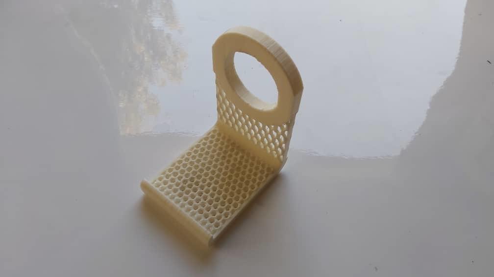 holder7.jpeg Télécharger fichier 3MF gratuit Chargeur de téléphone (2 styles) • Modèle à imprimer en 3D, studiocode2