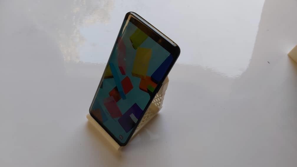 holder4.jpeg Télécharger fichier 3MF gratuit Chargeur de téléphone (2 styles) • Modèle à imprimer en 3D, studiocode2