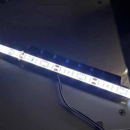 IMG_20200728_141653-compressed.jpg Télécharger fichier STL gratuit Support de LED pour ANET ET4 PRO • Design à imprimer en 3D, John_Amano