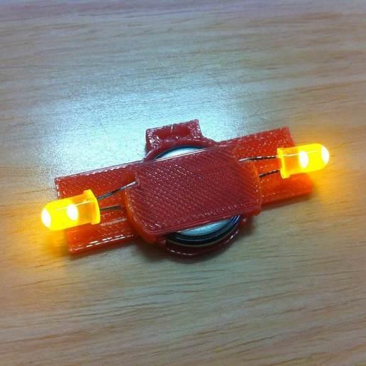 IMG_1811.JPG Télécharger fichier STL gratuit Cadre photo LED flottant • Plan imprimable en 3D, onebitpixel