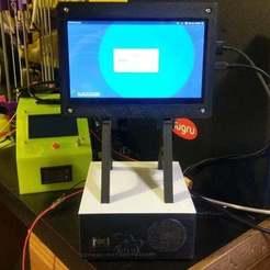 IMAG0166.jpg Télécharger fichier STL gratuit Poste de travail RPI-SFF de Morninglion Industries - Framboise Pi Case & Options ! • Plan imprimable en 3D, MorganLowe