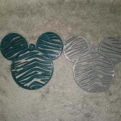 thumbnail_IMG_20201028_221523.jpg Download STL file Mickey Christmas Tree Hanger V2 • 3D printable template, NATTY
