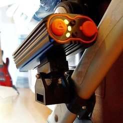 Polish_20200927_191546146.jpg Télécharger fichier STL gratuit Support de poussette pour lampe de vélo • Objet pour imprimante 3D, 3D-Design-Fonshell