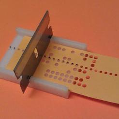 Teletype_paper_tape_splicing_and_alignment_guide_03.jpg Télécharger fichier SCAD gratuit Gabarit de jonction et d'alignement de bandes de papier télétype • Plan pour imprimante 3D, 1944GPW