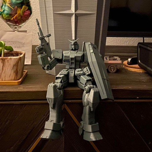 nick laub2.jpg Download STL file X-Frame Armor #1 (inspired by RX-78-2 Gundam) • 3D print model, chiz-m