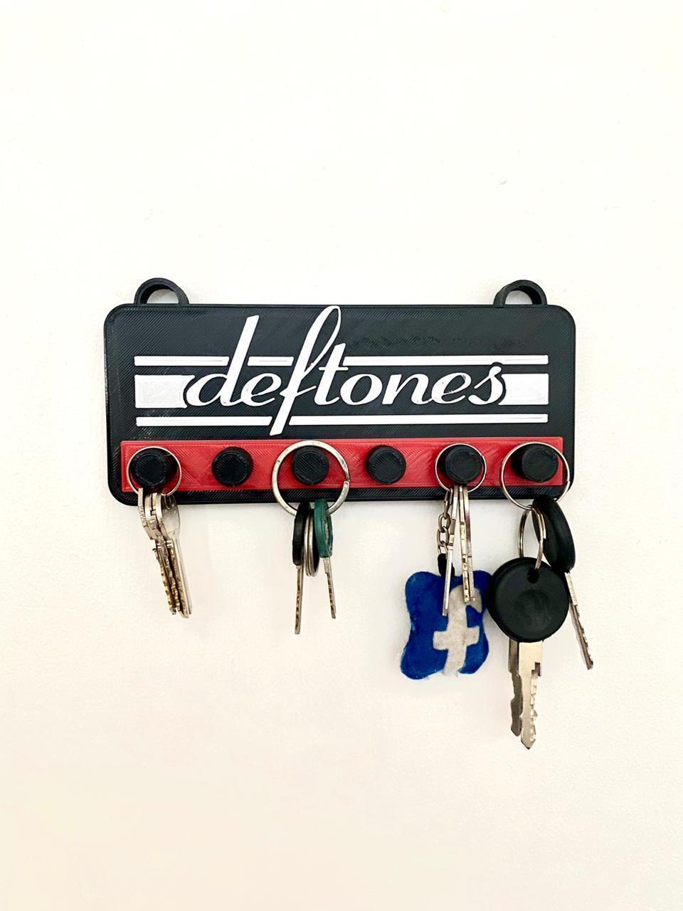 645c77ef-06be-4e8f-bb62-fc46ad36295a.jpg Download STL file Deftones key holder • 3D print object, impresiones_bb_3d