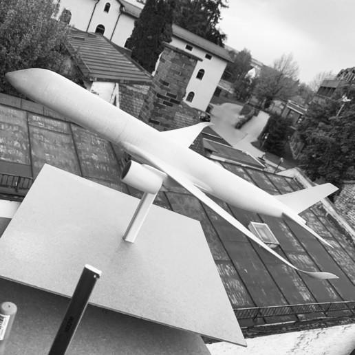 1556FC56-CB34-4319-8E57-BB31A35C4E32.jpeg Download STL file Airbus A350 XWB Lufthansa Airliner Sacle 1/100 • Design to 3D print, BeneHill
