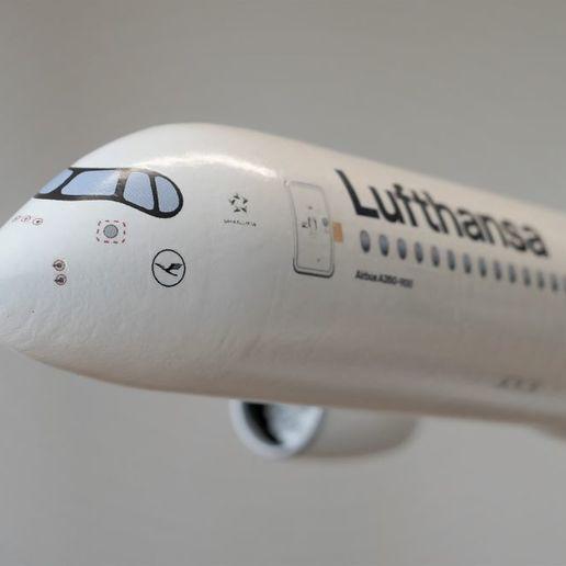 Thingiverse_A350-1.jpg Télécharger fichier STL gratuit Airbus A350 XWB Lufthansa Airliner Sacle 1/100 • Design pour imprimante 3D, BeneHill