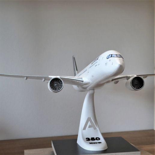 front.jpg Télécharger fichier STL gratuit Airbus A350 XWB Lufthansa Airliner Sacle 1/100 • Design pour imprimante 3D, BeneHill