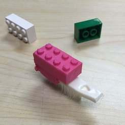 2014-10-01_15.53.46.jpg Download free STL file BristleBot LEGO topper • 3D printable model, schmidjon