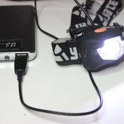 IMG_4349.JPG Download free STL file 3xAAA battery adapter (for headlamp) • 3D print template, parek