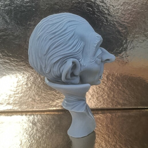 Foto_003.jpg Download STL file Dracula • 3D print model, monstersbarcelona