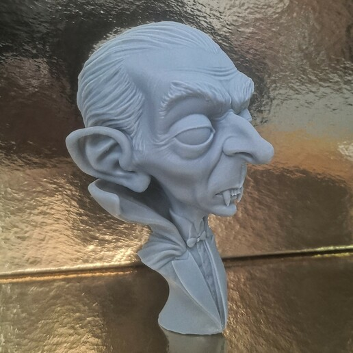 Foto_002.jpg Download STL file Dracula • 3D print model, monstersbarcelona