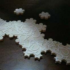 P1040233.JPG Download free STL file Infinite Puzzle - Koch Snowflakes • 3D printing design, voidbubble