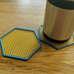 HoneycombPatternedCoasters.png Télécharger fichier STL gratuit Dessous de verre hexagonal en forme de nid d'abeille • Modèle à imprimer en 3D, lyl3