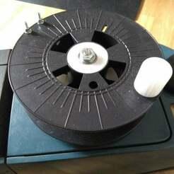 Cable_reel.jpg Télécharger fichier STL gratuit Bobine de câble (à partir d'une bobine vide de PLA) • Plan pour imprimante 3D, BenjiP