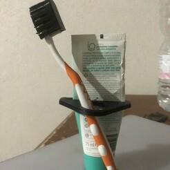 tempImageFfJwEx.jpg Download free STL file toothpaste squeezer - toothbrush holder • 3D print model, mustarabbi