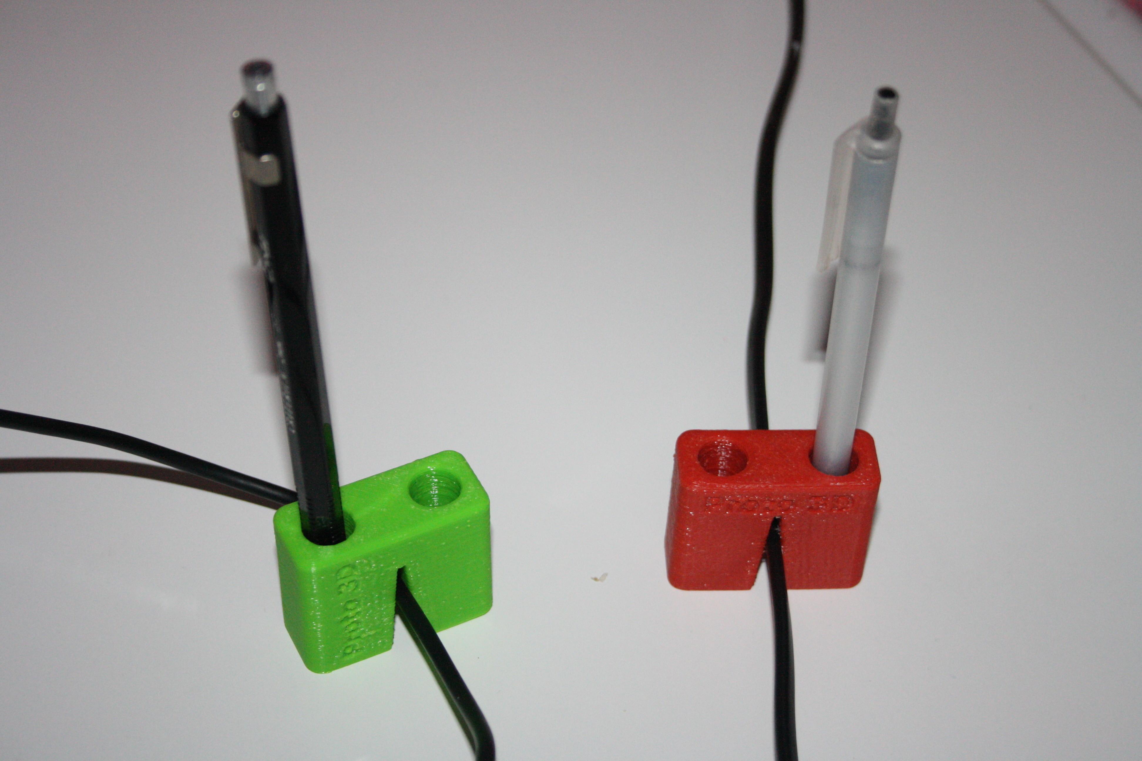 25_1_02014_028.JPG Download free STL file Porte-crayon sur fil • Model to 3D print, JJB