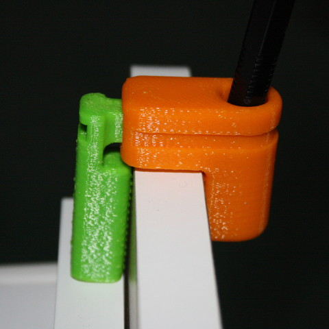 Download free 3D printer templates Porte-crayon à pincer, JJB