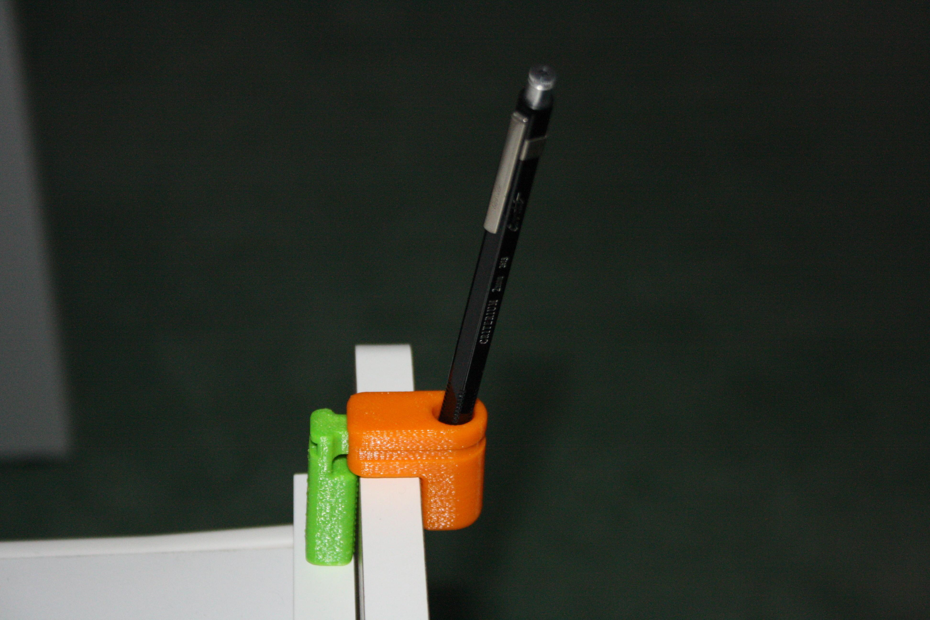 25_1_02014_037.JPG Télécharger fichier STL gratuit Porte-crayon à pincer • Design à imprimer en 3D, JJB