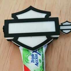 Harley Tooth paste.jpg Télécharger fichier STL Distributeur de dentifrice Harley-Davidson • Design imprimable en 3D, BigHead