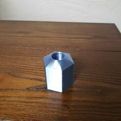 Lug nut (2).jpg Download STL file Lug Nut Razor Holder • 3D print object, jcawarner