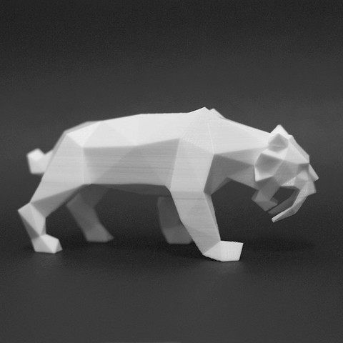 Saber Tiger 2.jpg Download STL file Low Poly Animal Collection • 3D printing template, FORMBYTE