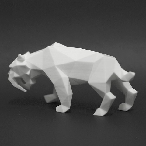 Saber Tiger 3.jpg Download STL file Low Poly Animal Collection • 3D printing template, FORMBYTE