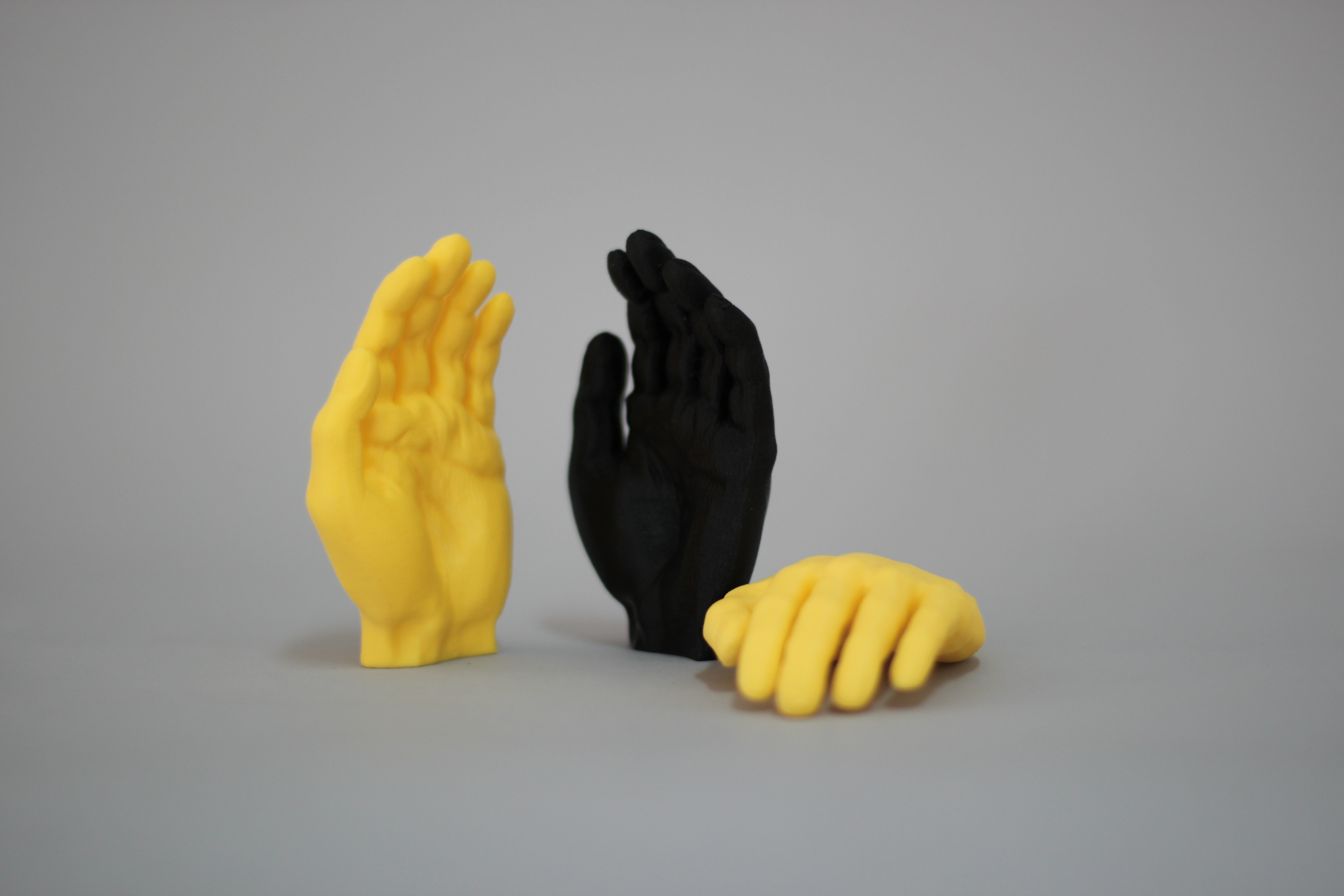 IMG_4922.JPG Download free STL file Hold it • Model to 3D print, BEEVERYCREATIVE