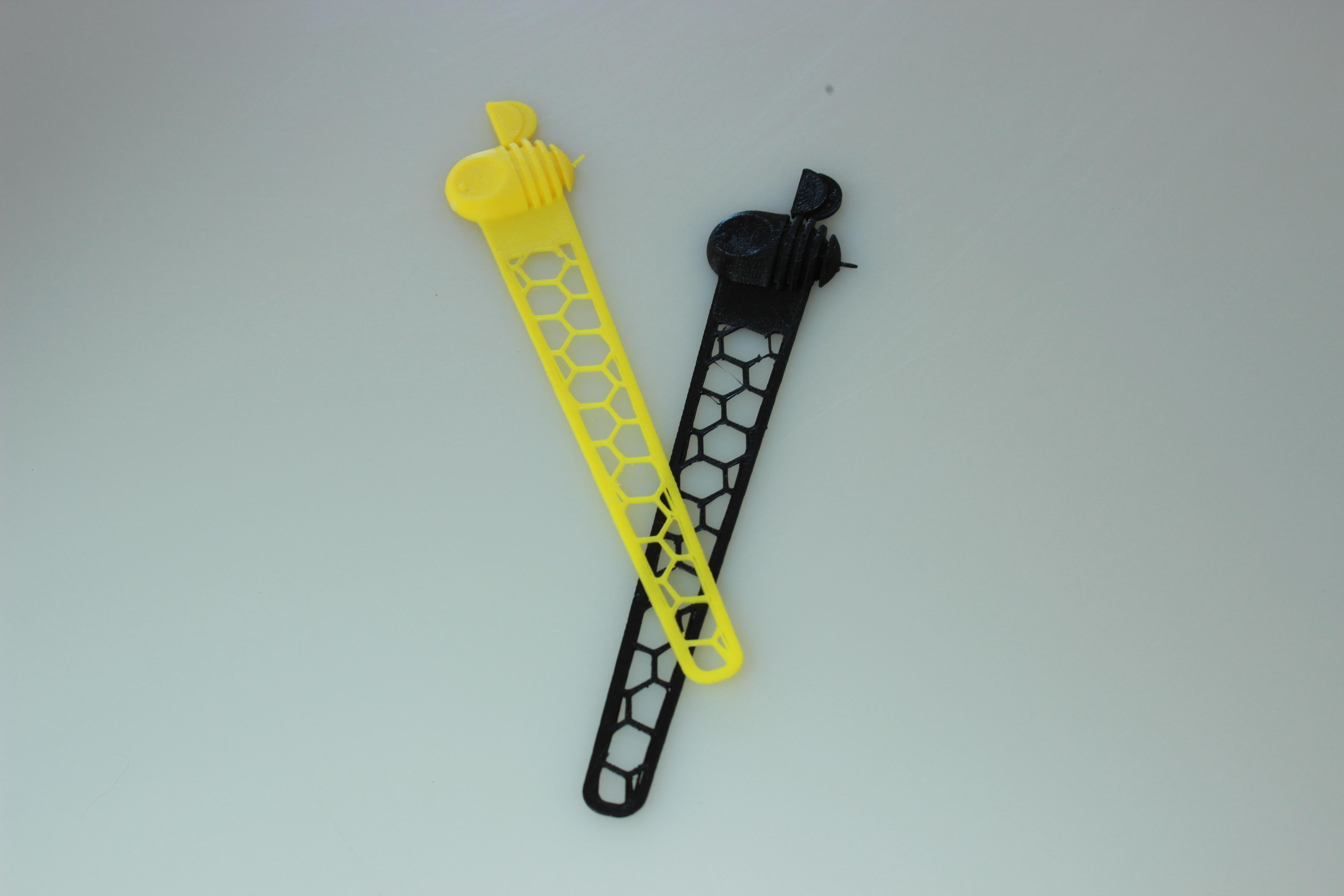 IMG_5841.JPG Download free STL file Bookmark • 3D printing model, BEEVERYCREATIVE