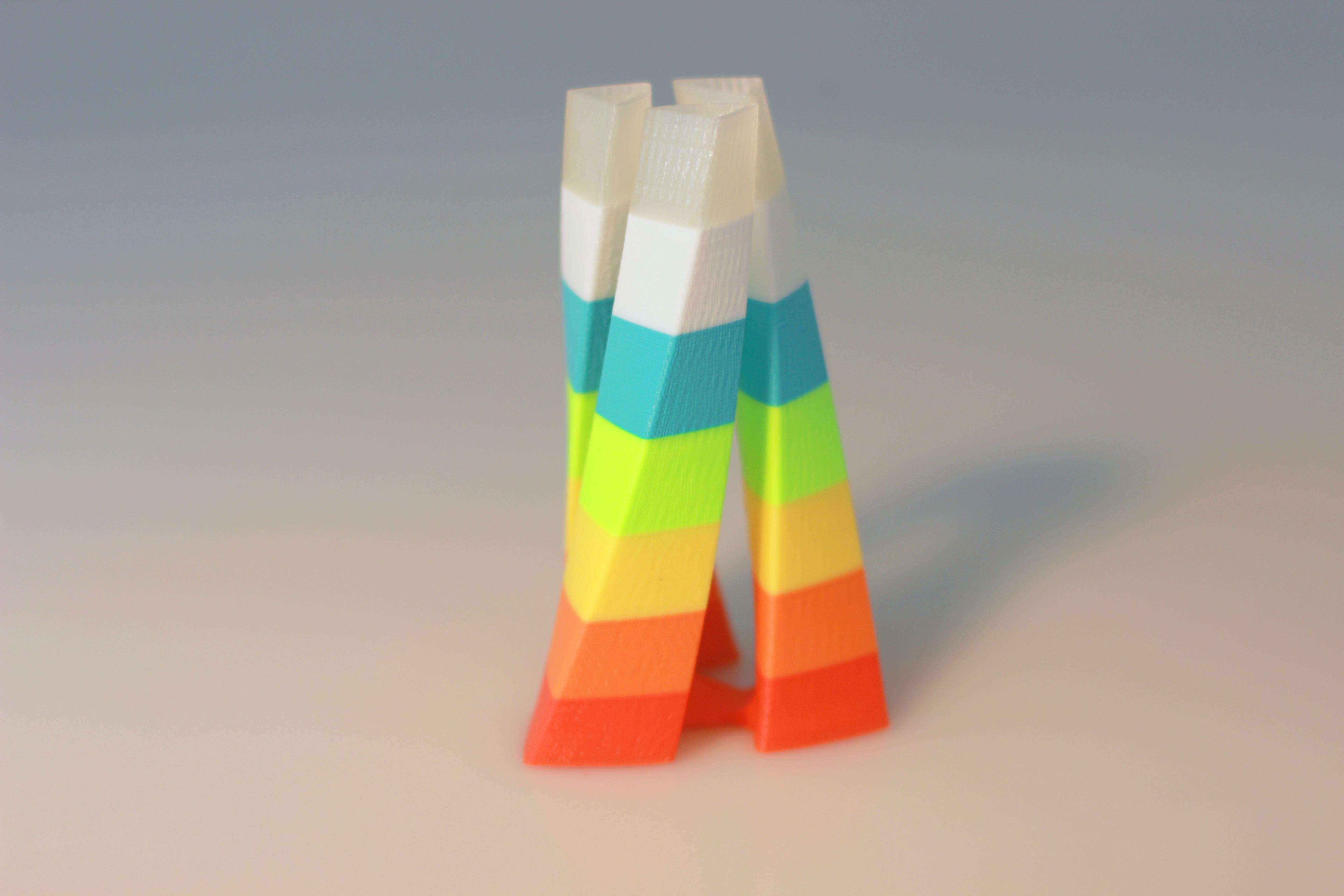 IMG_6600.JPG Download free STL file Tri-oval vase • 3D print design, BEEVERYCREATIVE