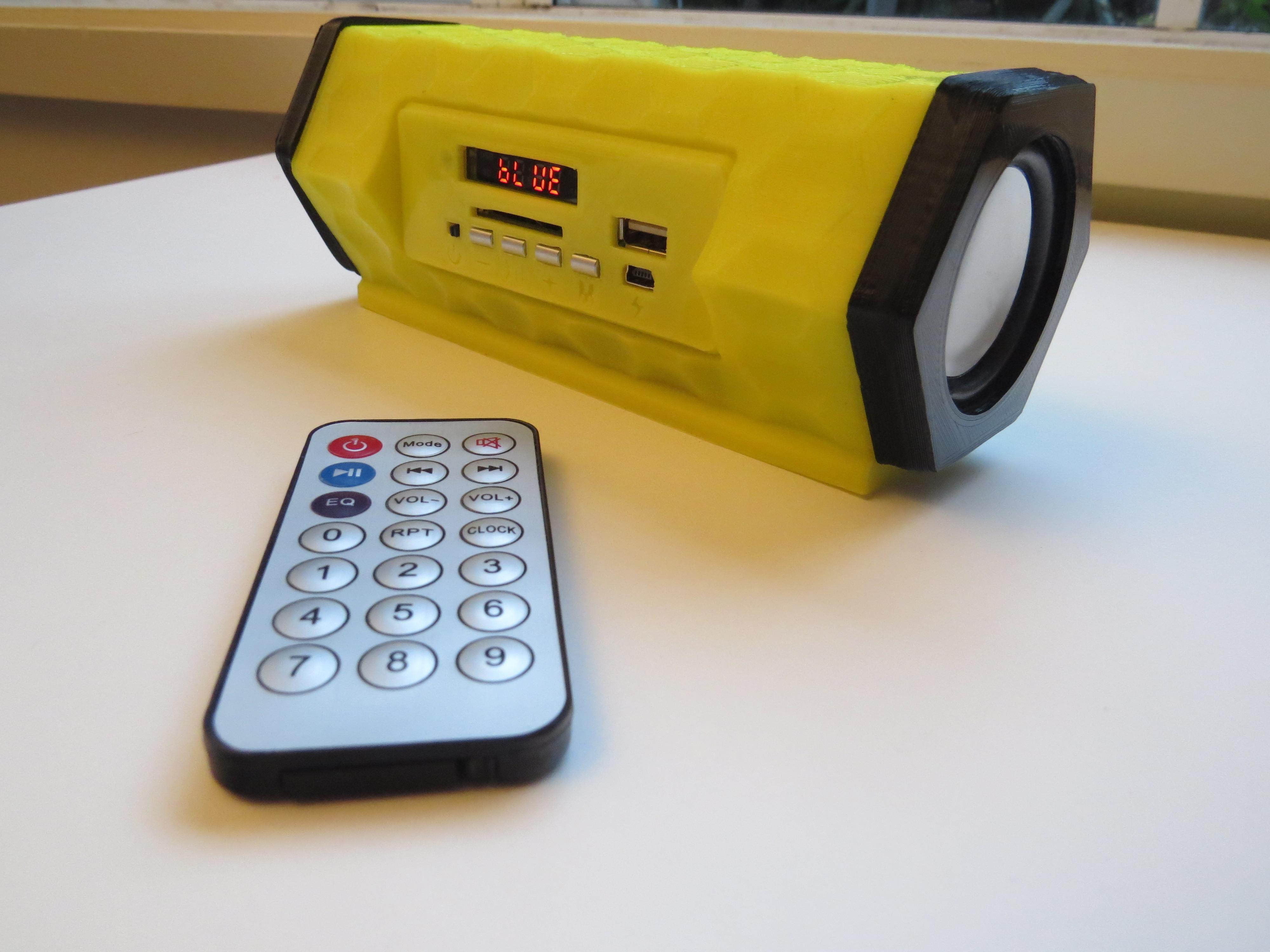 U35_render.JPG Télécharger fichier STL gratuit Bluetooth speaker • Modèle pour imprimante 3D, BEEVERYCREATIVE