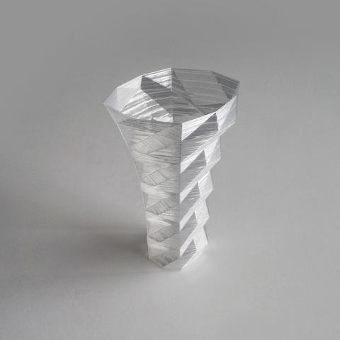 Free STL file Poly Vase 2 , David_Mussaffi