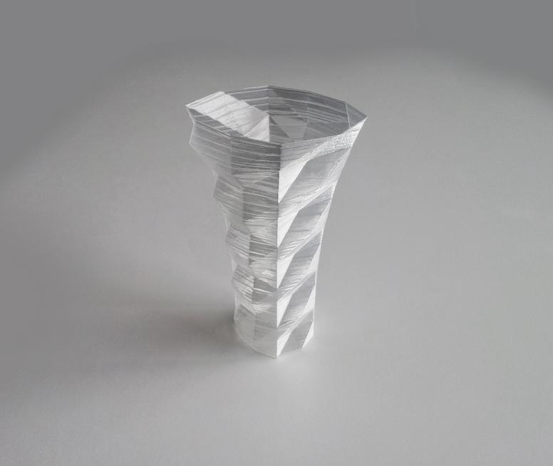 Capture_d__cran_2014-10-13___17.37.16.png Download free STL file Poly Vase 2  • 3D print design, David_Mussaffi