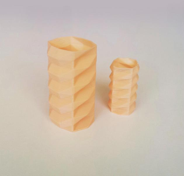 Capture_d__cran_2014-10-13___17.38.31.png Download free STL file Poly Vase 1 • 3D printing template, David_Mussaffi