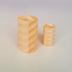 Free Poly Vase 1 3D printer file, David_Mussaffi