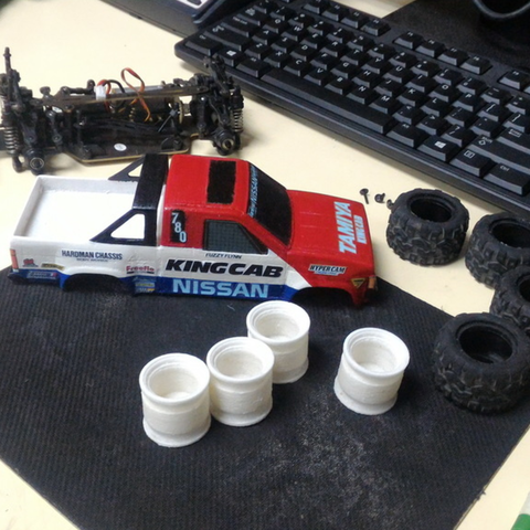 Capture d'écran 2017-09-25 à 09.58.57.png Download free STL file TAMIYA NISSAN KING CAB 1:24 scale kit for WL-Toys A212 • 3D printable template, 3dxl