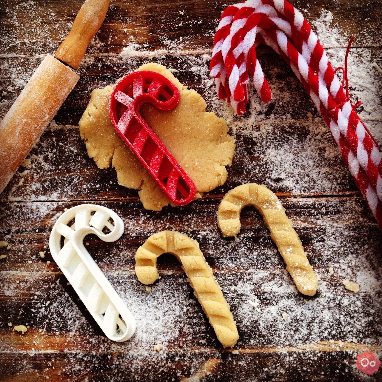 Candy_Cane_Cookie_Cutter_2.jpg Télécharger fichier STL gratuit Candy Cane Cookie Cutter • Design à imprimer en 3D, OogiMe